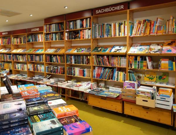 Bücherregal Abraxas Ettlingen